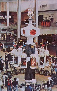 "https://flic.kr/p/LrofAN | ""Clock of the Nations"", Midtown Plaza Mall, Rochester, New York"