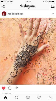 Henna Ink, Henna Body Art, Mehndi Tattoo, Henna Tattoo Designs, Henna Mehndi, Mehendi, Hand Henna, Body Art Tattoos, Henna Tattoos