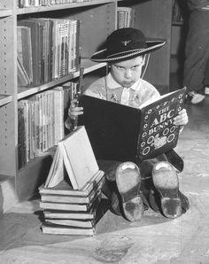 Los Angeles Public Library, 1960