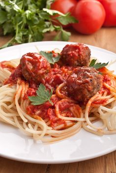 Spaghetti & meatballs can be hard to resist. Good thing this gluten-free recipe is here.