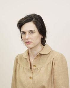 Portrait of the artist Taryn Simon.