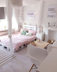 100 heap diy ideas for wooden pallet beds 56 Teen Room Decor, Bedroom Decor, Bedroom Ideas, Bali Bedroom, Tumblr Bedroom, Inspire Me Home Decor, Pink Room, Fashion Room, Dream Rooms