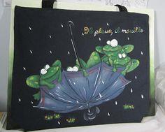 Grenouille sur sac en tissus