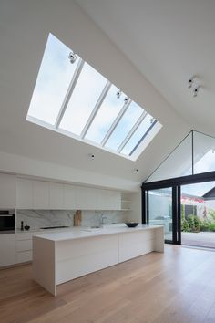 This type of skylight installation is the most inspirational and very good idea Home Design, Interior Design, Home Renovation, Home Remodeling, The Design Files, House Goals, Home Kitchens, Interior Architecture, Building A House
