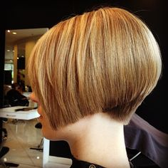 Short Wedge Hairstyles, Stacked Bob Hairstyles, Mom Hairstyles, Short Hairstyles For Women, Short Hair Dont Care, Short Hair Cuts, Short Hair Styles, Graduated Bob Haircuts, Short Bob Haircuts