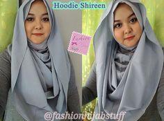Contoh pemakaian hoodie shireen