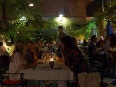 Destemperados - Dos lugares agradáveis da vida: Museo Evita