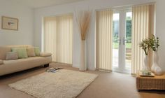 Prodigious Tips: Blinds Curtain Diy blinds for windows scandinavian.Vertical Blinds Pictures diy blinds roll up.Brown Blinds For Windows. Blinds And Curtains Living Room, Patio Door Curtains, Patio Blinds, Diy Blinds, House Blinds, Blinds Ideas, Blinds Curtains, Privacy Blinds, Sheer Blinds