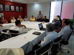 Se reúnen síndicos del PRI con Omar Bazán y piden participación en leyes de fiscalización