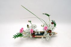 Ikebana ikenobo jiyuka. Indonesia