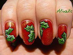 """""""Holly Jolly"""" Christmas Nails"""