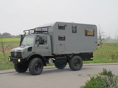 Woelcke Unimog as Cabin in Nümbrecht