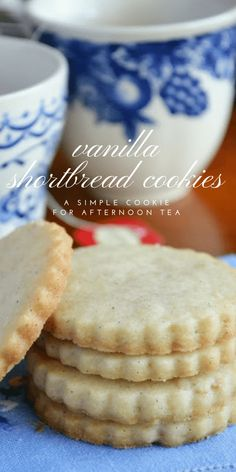 Vanilla Bean Shortbread Tea Cookies are a simple, buttery, and utterly delicious cookie perfect for afternoon tea, an after school snack, or any occasion. Best Shortbread Cookies, Galletas Cookies, Vanilla Cookies, Yummy Cookies, Buttery Cookies, Vanilla Shortbread Cookie Recipe, Shortbread Recipes, Tea Cake Cookies, Shortbread Biscuits