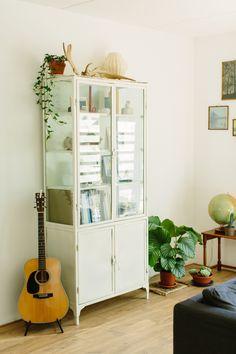 Roomtour - Natural and Green Living Room - www.petitloublog.com