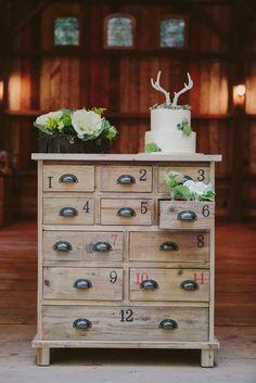 Cozy winter #wedding inspiration | Photography: A Girl And A Camera Photography - agirlandacameraphotography.com  Read More: http://www.stylemepretty.com/california-weddings/2014/05/02/santa-cruz-redwood-winter-wedding-inspiration/