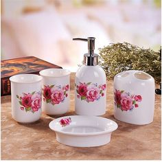 Decorative Seashells Ocean Beach Acrylic Bathroom Accessory Set
