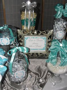 I know I have grumbled about this before, but seriously, is Tiffany Blue not just the ostentatious sea-foam green?