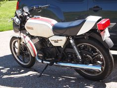 1979 Yamaha RD400F Daytona Special Yamaha Motorbikes, Yamaha Motorcycles, Vintage Bikes, Impala, Bikers, Cycling, Type, Vehicles, Motorbikes