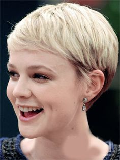 short and sweet Pixie Styles, Short Hair Styles, Pretty And Cute, About Hair, Trendy Hairstyles, Short Hair Cuts, Hair Trends, Makeup Looks, Beauty Hacks