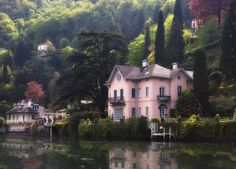 Lake Como, Italy Absolutely beautiful