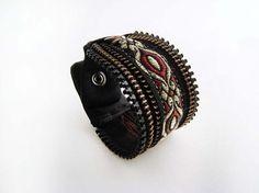 Bracelet zipper motif doré rouille satin noir snap par Emillye