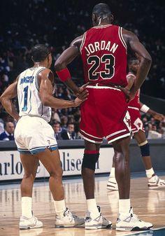 Muggsy Bogues & MJ.