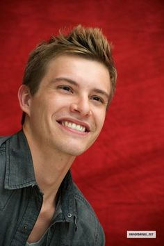 Xavier Samuel Just saw him in Adore~ very provoking