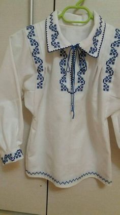 Shirt Embroidery, Embroidery Designs, Folk Costume, Costumes, Baby Sweaters, Cross Stitch Patterns, Tunic Tops, Mens Fashion, Shirts