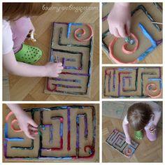 Laberinto plastilina Indoor Games, Diy For Kids, Triangle, Exterior, Outdoor, Games, Kindergarten Teachers, Toddler Activities, Play Dough
