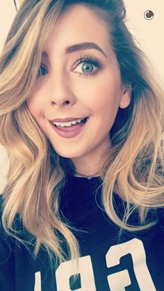 Top Youtubers, Zoe Sugg, Vlog Squad, Shes Amazing, Zoella, Celebs, Celebrities, Cool Kids, Love Her