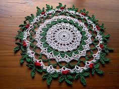 Thread Crocheted Doily Tablecloth Centerpiece Holly Berry Lace New Topper 16 In