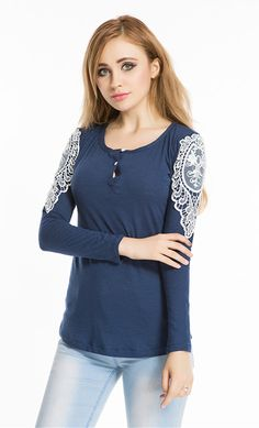 Hot Lace Women Blouses Casual Cotton Blusas Y Camisas Mujer Solid O-neck Women  Shirts Slim Fit Women Tops 2017 New Fashion