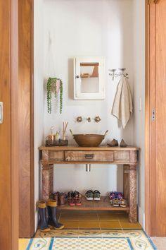 lavabo-rústico Lavabo Vintage, Casas Country, Concrete Wood, Space Interiors, Home Interior Design, Small Bathroom, Decoration, Sweet Home, Modern Bathrooms