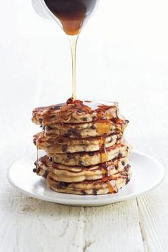 Want my Banana Chocolate-Chip Pancakes? Here you are, lovely:  http://www.mensfitness.com/nutrition/what-to-eat/banana-chocolate-chip-pancakes @Men's Fitness