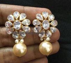 18 Carat Gold Simple Earrings - Jewellery Designs