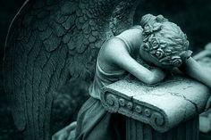 Sorrowful Angel ~ VoyageVisuelle ✿⊱╮