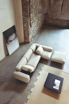 Modular Sofa | Tomu Katayangi.
