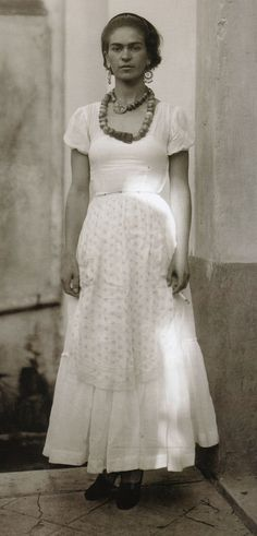 Dávila, Guillermo - Frida Kahlo (1935)