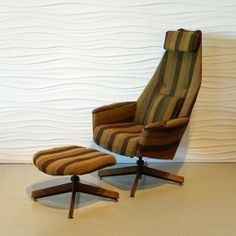 beautiful Adrian Pearsall piece of MCM furniture..