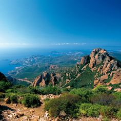ღღ Esterel.. Hills between Cannes and St. Raphaël, Côte D'Azur... Favored hiking area