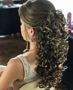 evening hairstyles to do braided hairstyles hairstyles mean hairstyles straight hair hairstyles into a bun hairstyles long hairstyles half up half down hairstyles for black 11 year olds Quince Hairstyles, Evening Hairstyles, Loose Hairstyles, Straight Hairstyles, Braided Hairstyles, Wedding Hairstyles, Hairstyles 2018, Night Hairstyles, Long Hairstyles