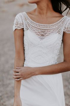 Top 20 Vintage Wedding Dresses with Cap Sleeves Anna Campbell vintage boho lace wedding dress with cap sleeves - Boho Wedding Pretty Wedding Dresses, Designer Wedding Dresses, Bridal Dresses, Wedding Gowns, Maxi Dresses, Simple Elegant Wedding Dress, Formal Dresses, Civil Wedding Dresses, Bridal Gown Styles