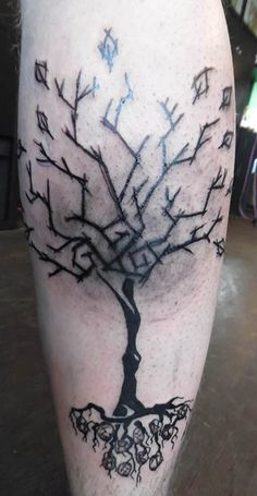 cfbd7aa824909 done by me #yggdrasil #tattoo #scratchtattoo #yggdrasiltattoo #runen #tree  #scratchtreetattoo #treetattoo #trible #art #ink