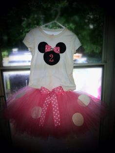 Minnie Mouse inspired outfit for a little girl's 2nd birthday. Tutu and t shirt.