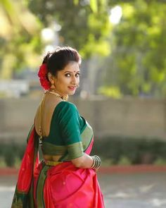 Improve How You Look With These Great Fashion Tips Marathi Bride, Marathi Saree, Budget Fashion, Women's Fashion, Fashion Tips, Wedding Couple Poses Photography, Sister Photography, Engagement Photography, Photography Poses