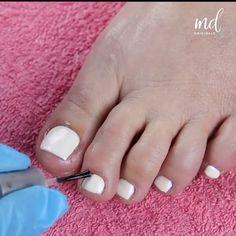 Gel Toe Nails, Glitter Gel Nails, Acrylic Nails, Diy Nails, Bright Nail Designs, Toe Nail Designs, Pedicure Designs, Pedicure At Home, Manicure Y Pedicure