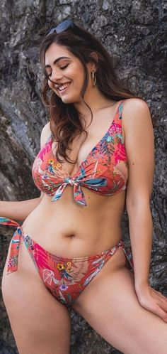 Beautiful Girl Body, Beautiful Blonde Girl, Beautiful Girl Indian, Most Beautiful Indian Actress, Gorgeous Women, Beautiful Actresses, Beautiful Places, Indian Bikini Models, Vrod Harley