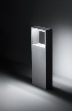 """""""Cool Square Bollard"""" – grey roomlight that creates a designed atmosphere   lighting . Beleuchtung . luminaires   Design: Simes  """
