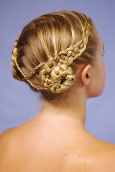 celtic-leia-with-criss-cross-part-and-twists.jpg 536×800 pixels
