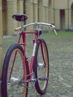 Bikes · Sneakers & Watches : Photo